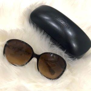 Coach Natasha sunglasses BOGO free sunglasses 🕶